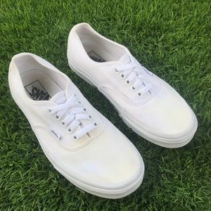 🎩 Vans Authentic sneakers all white 🎩